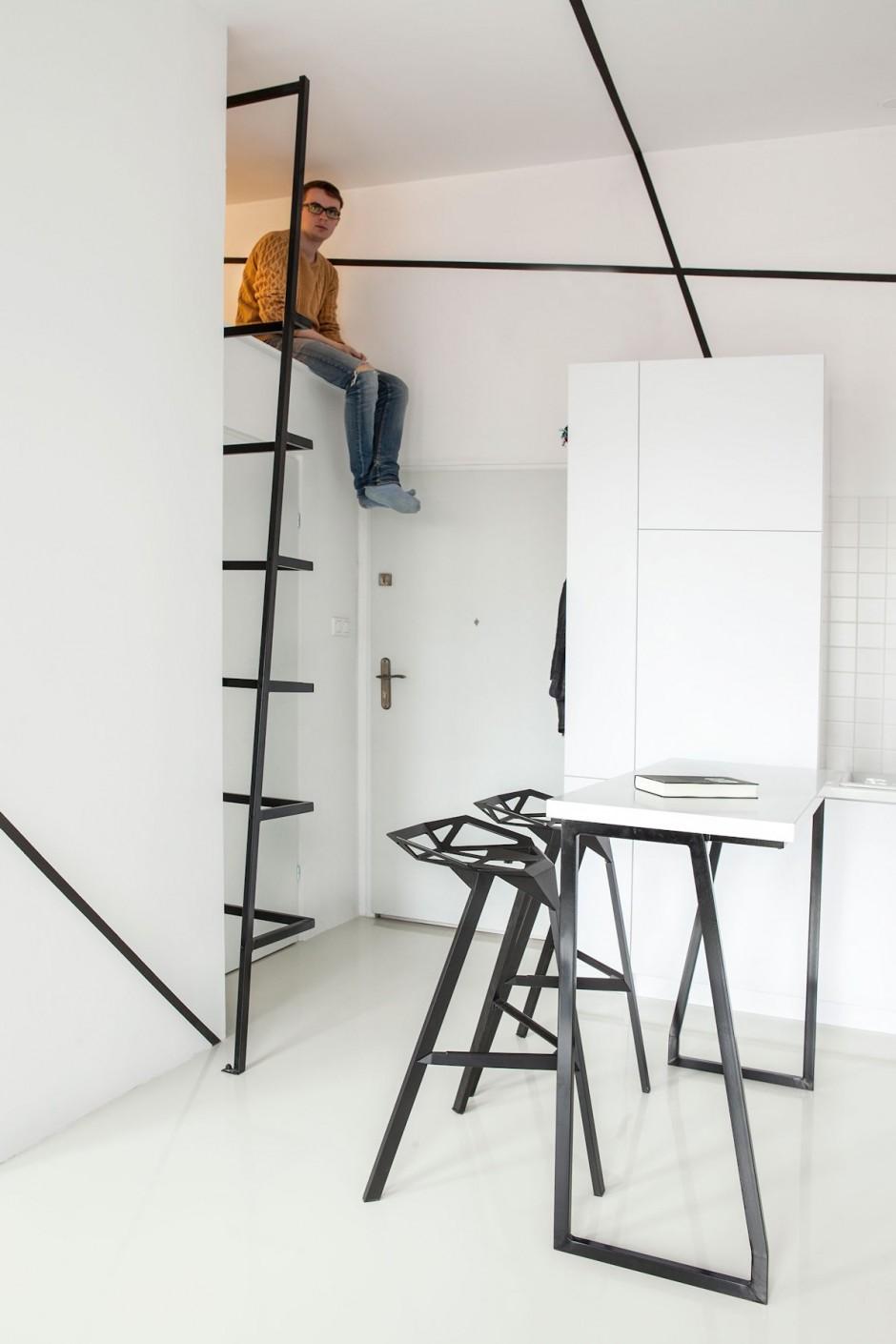 черно бял интериор в 26 кв. м жилище_12