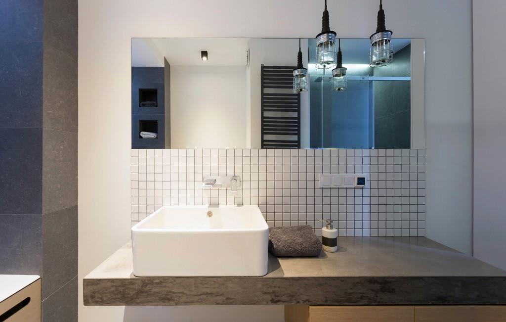 56 кв. м апартамент прави чудеса с площта си_12