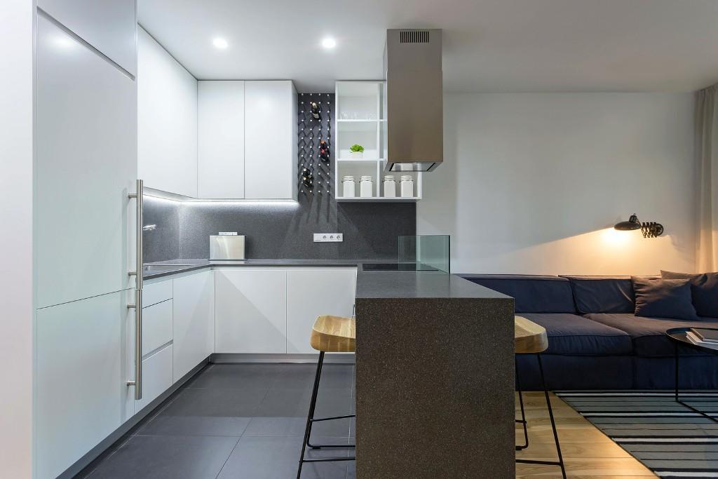 56 кв. м апартамент прави чудеса с площта си_4
