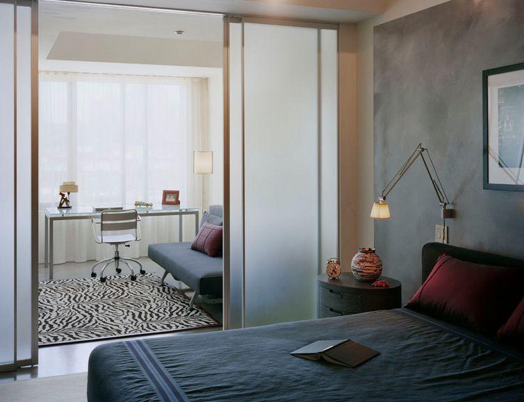 Как да отделим спалня в малък апартамент_17