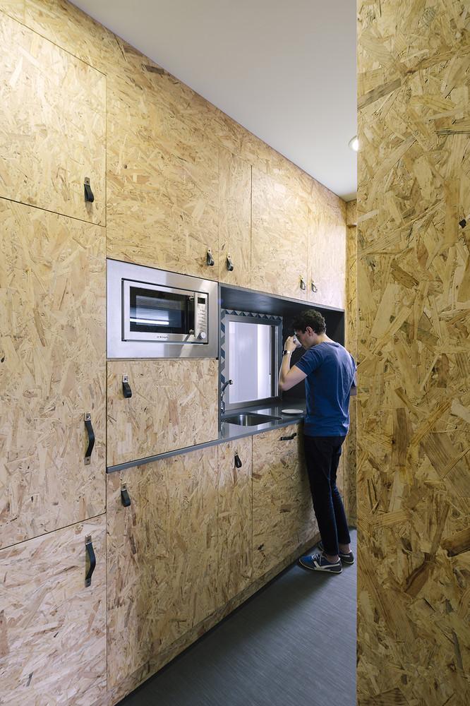 гъвкав дизайн за малък апартамент от шперплат_3