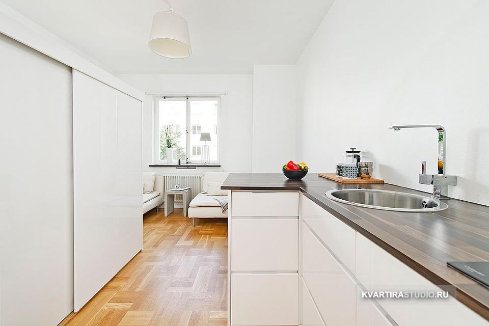 мини апартамент от 19 кв. м с легло над гардероба_1