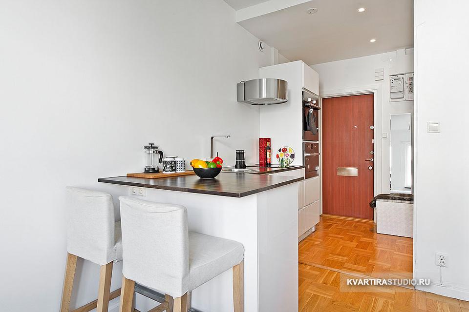 мини апартамент от 19 кв. м с легло над гардероба_3