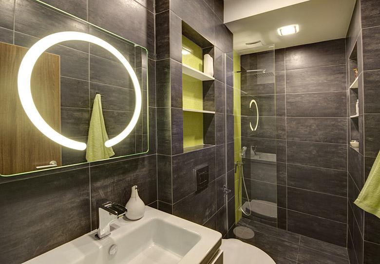 нов интериор за тристайно жилище в София_баня