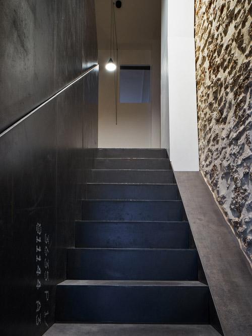парижки апартамент с необичайни детайли_15