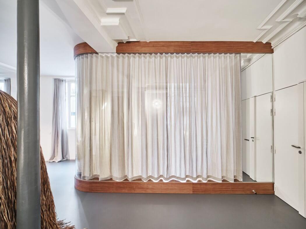 парижки апартамент с необичайни детайли_6