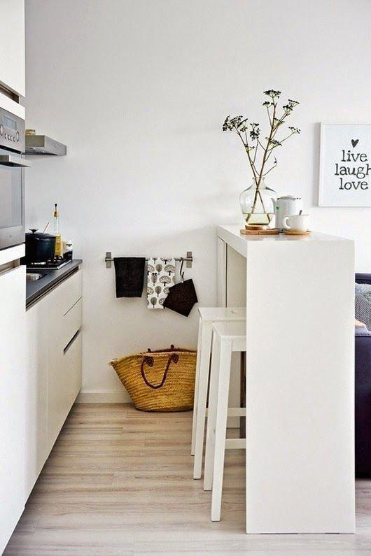 практични идеи за малка кухня - висок барплот