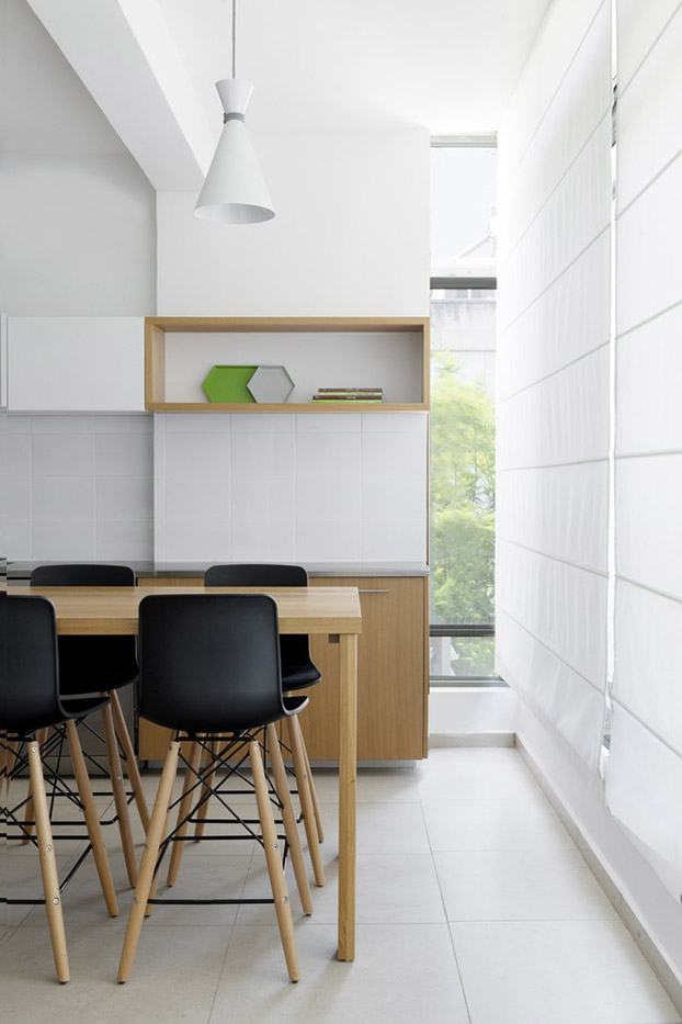 стена от шкафове разделя апартамента_4