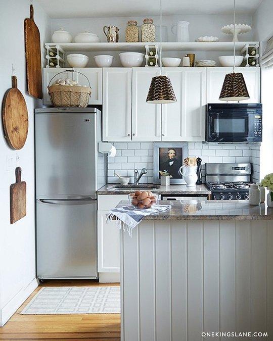 шкафове над хладилника