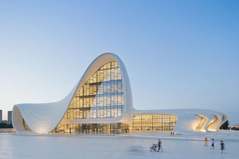 Културният център в Баку Заха Хадид_1