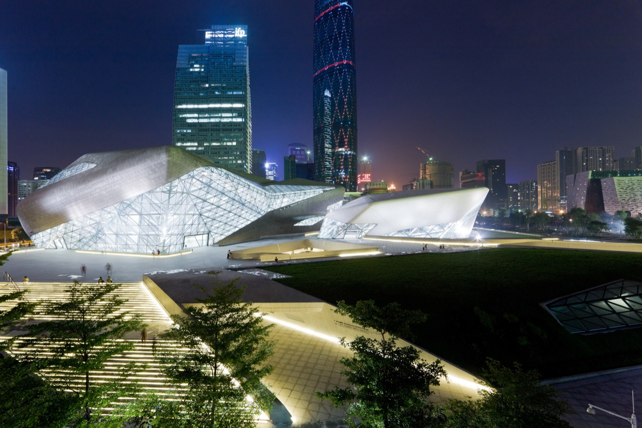 Операта в Гуанджоу Заха Хадид_4