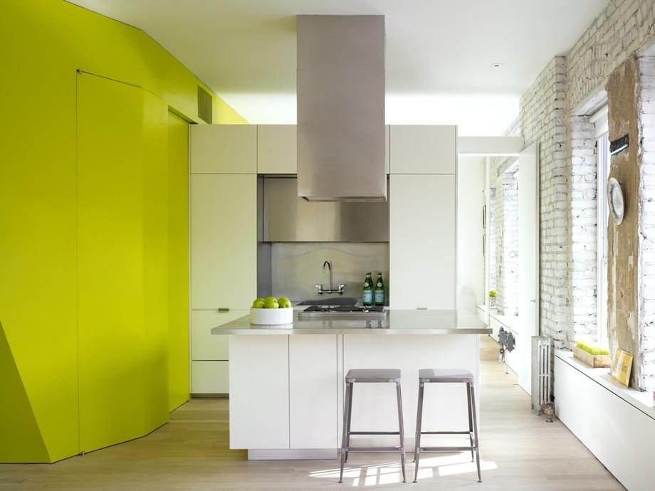 нестандартни мебели и светли цветове в старо жилище_3