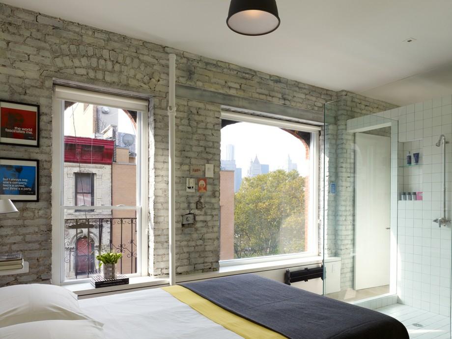 нестандартни мебели и светли цветове в старо жилище_7