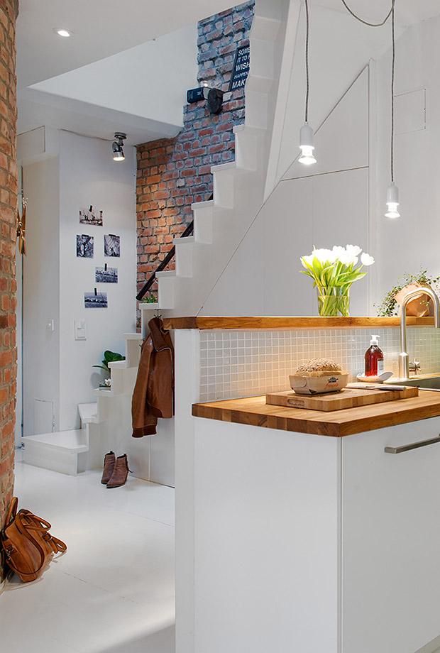 светъл мезонет в скандинавски стил_бяла кухня_5