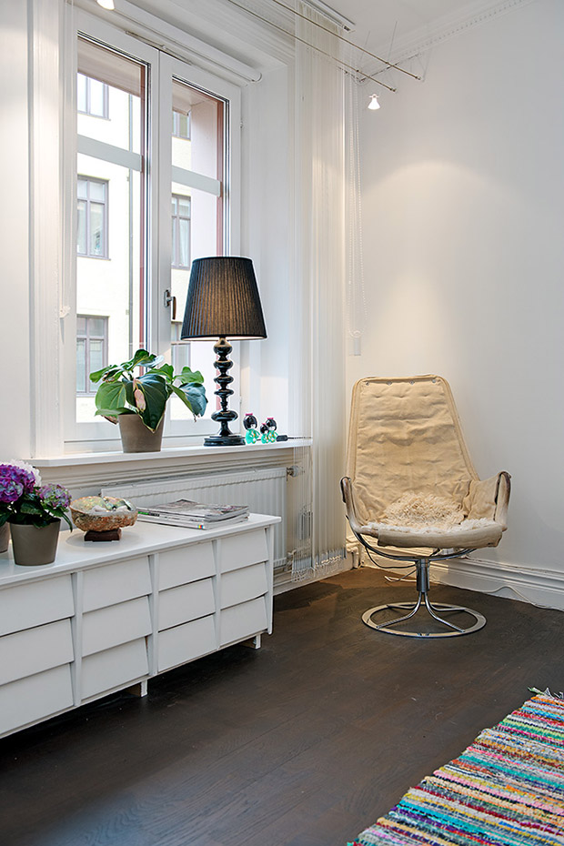 светъл мезонет в скандинавски стил_спалня 2