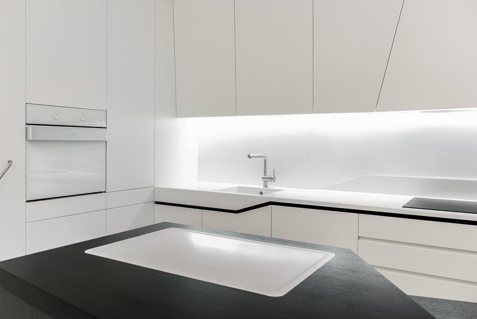 футуристичен дизайн на апартамент в Словакия_12