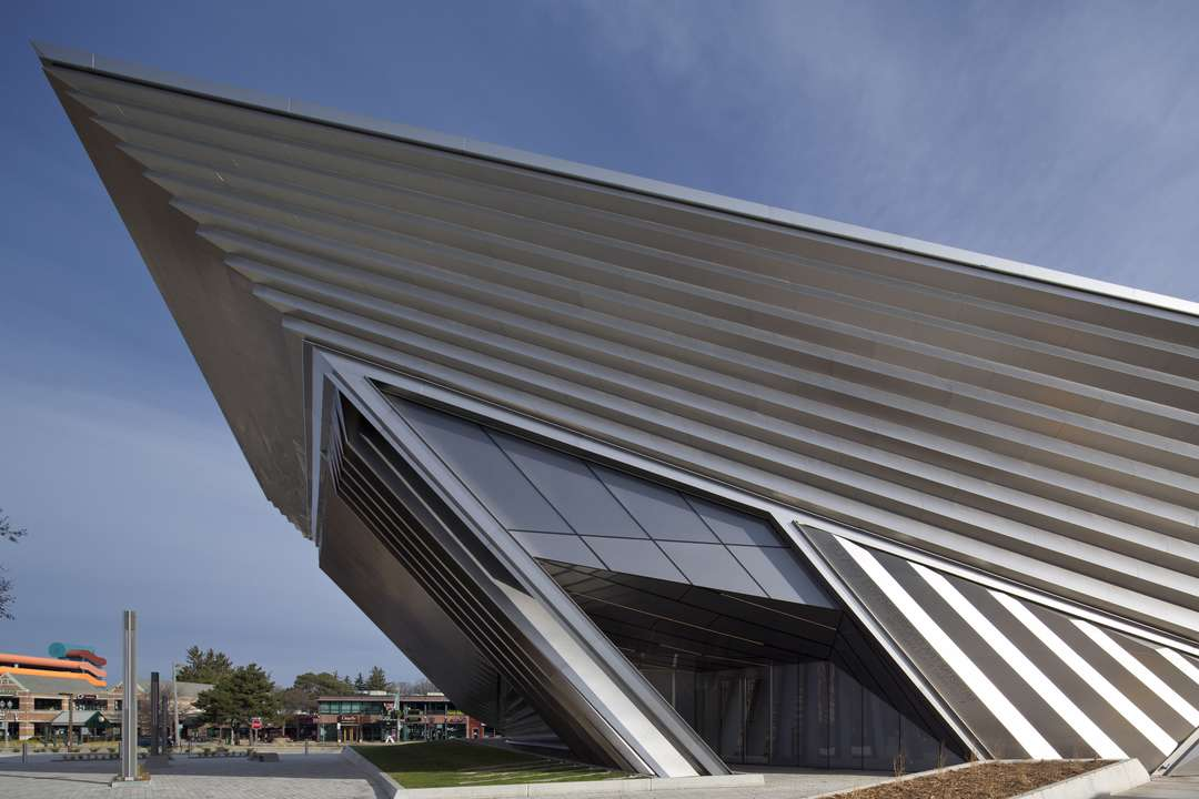 Eli and Edythe Broad Art Museum Заха Хадид_2