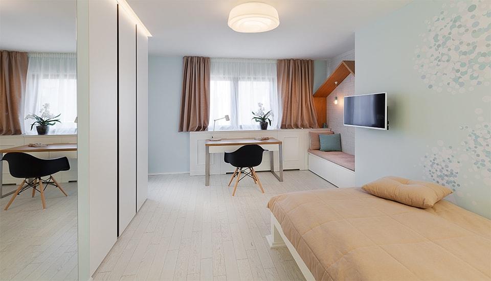 модерен апартамент класически акценти в софия_19