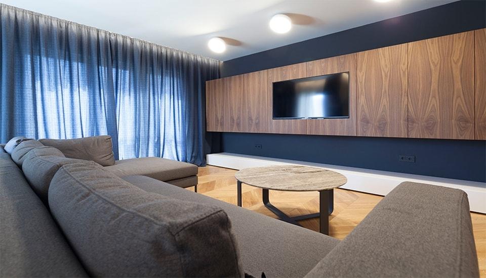 модерен апартамент класически акценти в софия_9