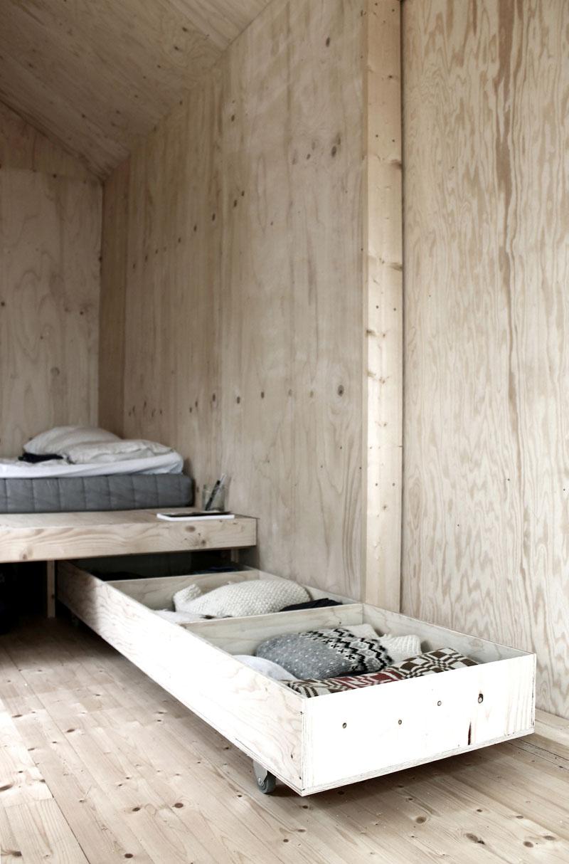 шкаф на колела под леглото_1