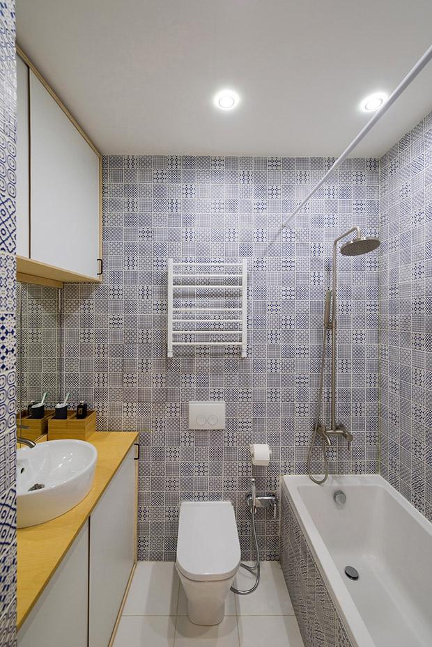 повдигната спалня малък 35 кв дом_баня 3