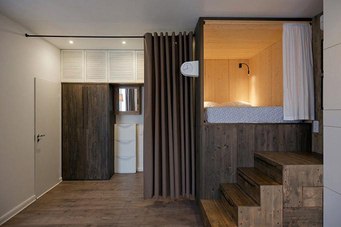 повдигната спалня малък 35 кв дом_11