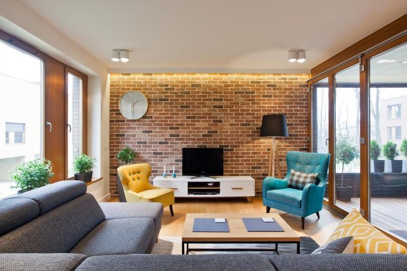 Стилен цветен интериор на апартамент_2