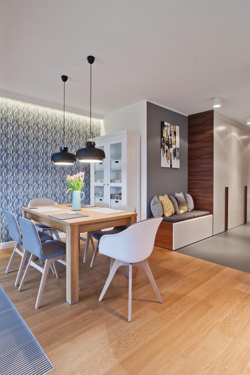 Стилен цветен интериор на апартамент_7