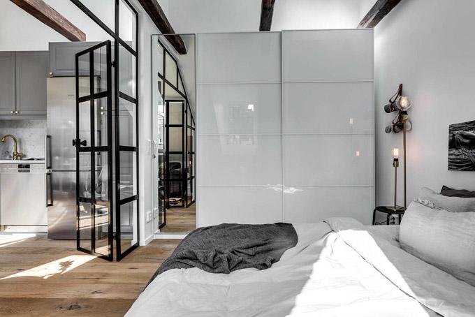 Стъклена преграда малък апартамент_11