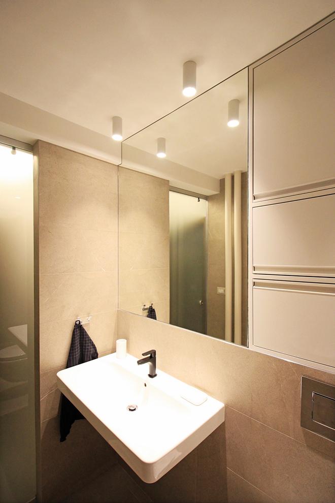 апартамент с изчистен интериор София_баня 2