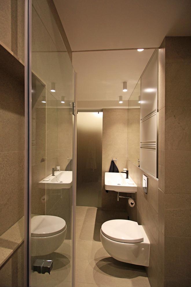 апартамент с изчистен интериор София_баня 7
