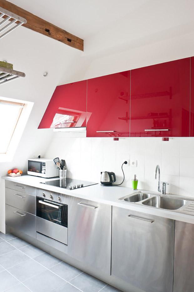 гланцирани кухненски шкафове