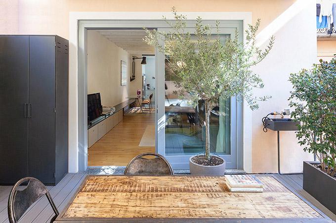светъл семеен апартамент в Милано_4