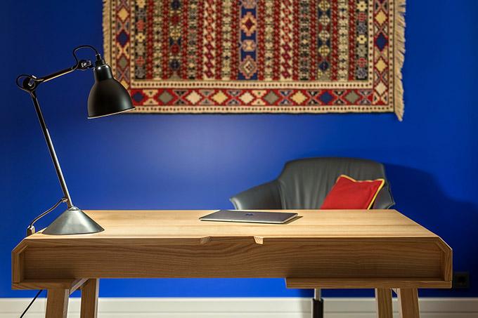цветен класически интериор на апартамент_22