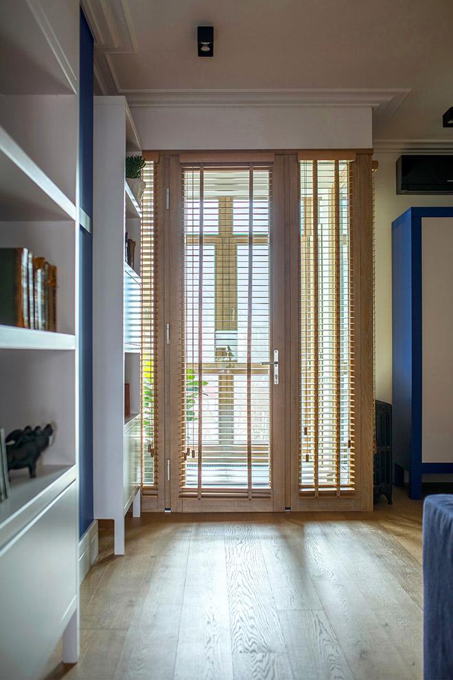цветен класически интериор на апартамент_23