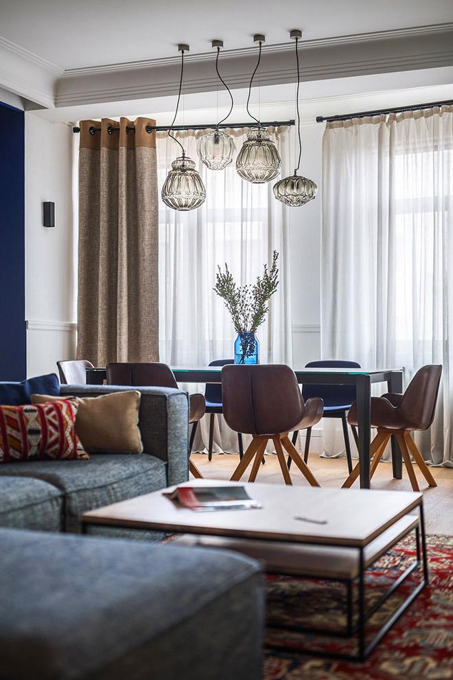 цветен класически интериор на апартамент_6