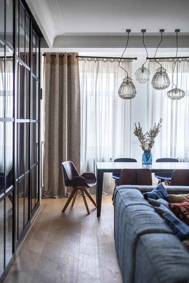 цветен класически интериор на апартамент_7