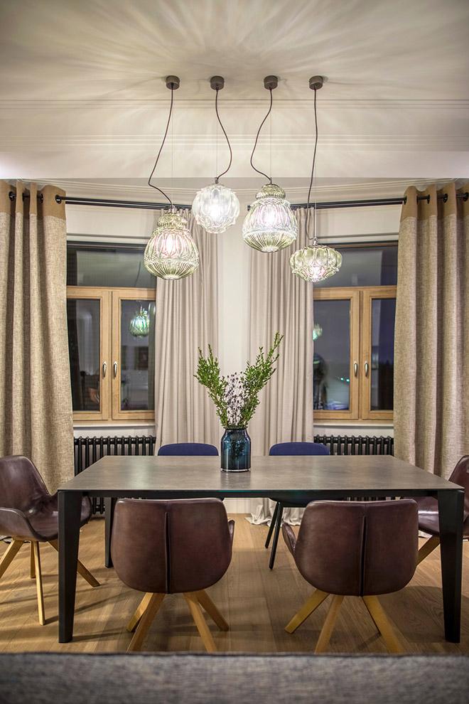 цветен класически интериор на апартамент_9