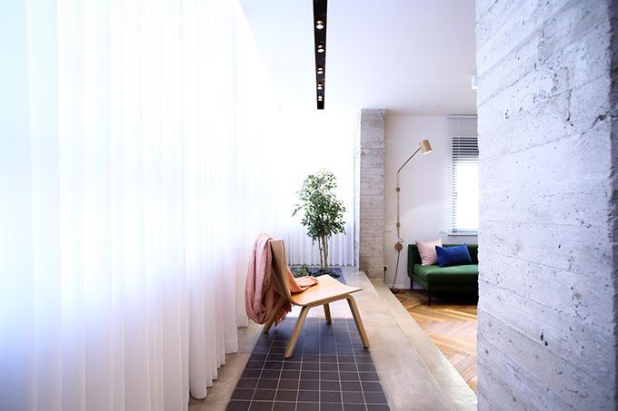 гардероби вместо прегради стени в 90 кв. м дом_11