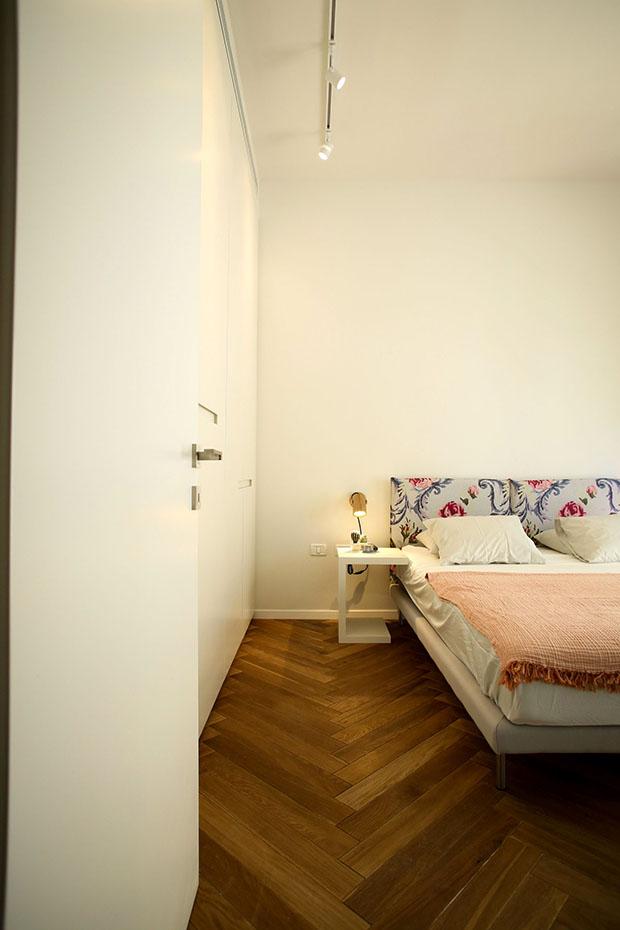 гардероби вместо прегради стени в 90 кв. м дом_19