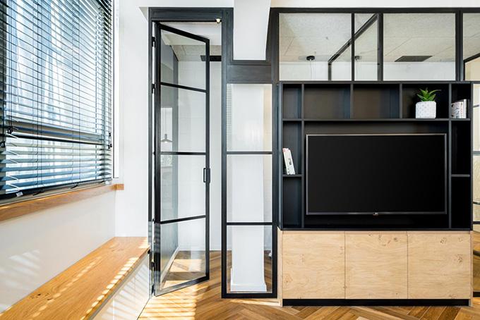малък апартамент за живеене и работа 53 кв. м_офис 3