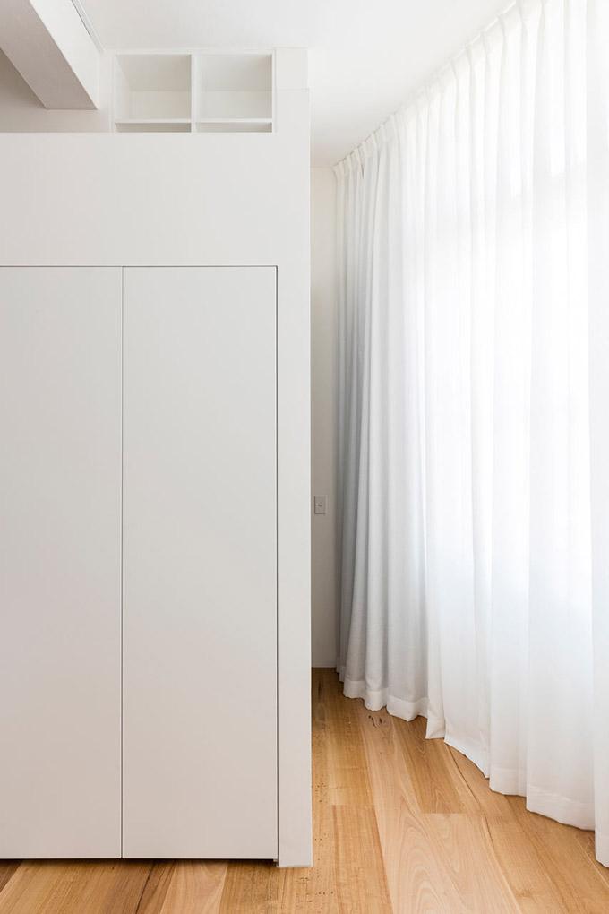 светъл апартамент в бивша фабрика_13