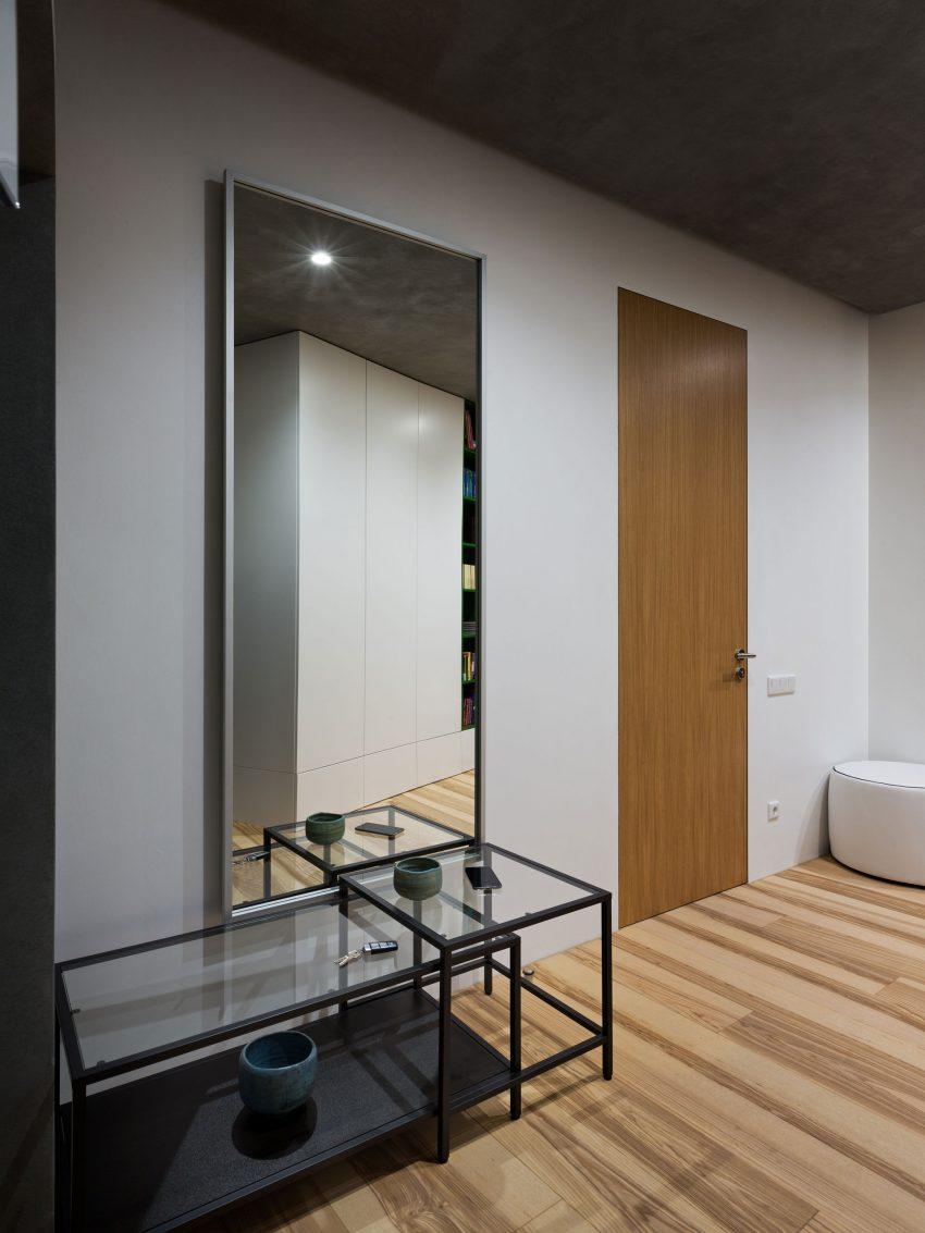 минималистичен апартамент силни контрасти зелено_10