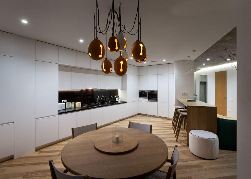 минималистичен апартамент силни контрасти зелено_9