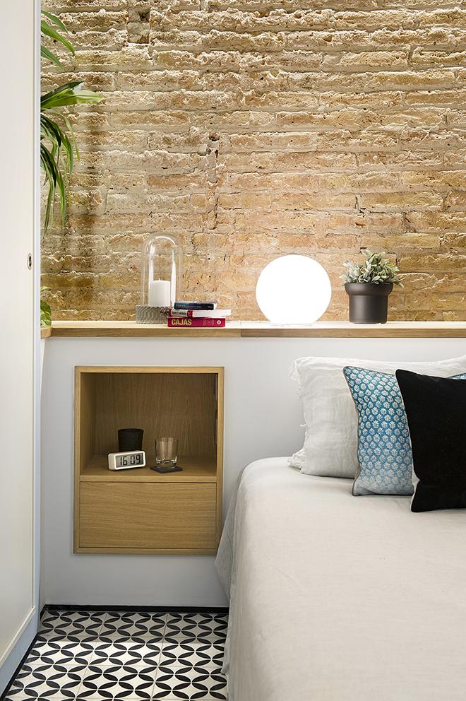 40 кв. м малък цветен апартамент в Барселона_10