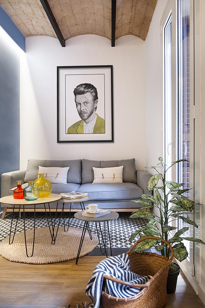 40 кв. м малък цветен апартамент в Барселона_18