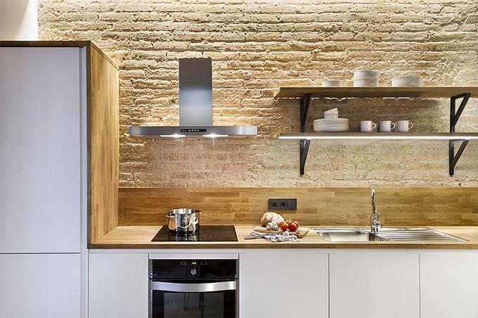 40 кв. м малък цветен апартамент в Барселона_6