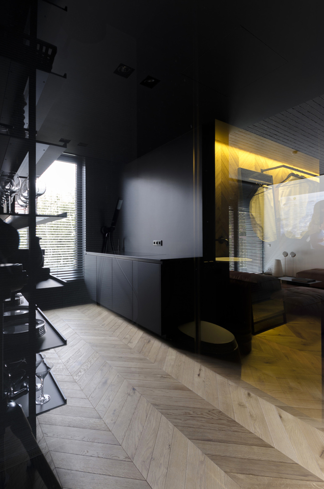 апартамент с тъмен, мъжки интериор_6