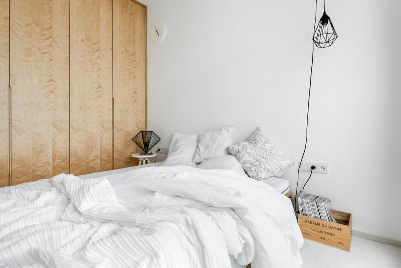 дуплекс апартамент с изчистен дизайн_12